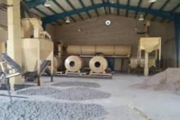 راه اندازی کارگاه تولیدی کود ورمی و کرم ایزینیا -شهرکرد